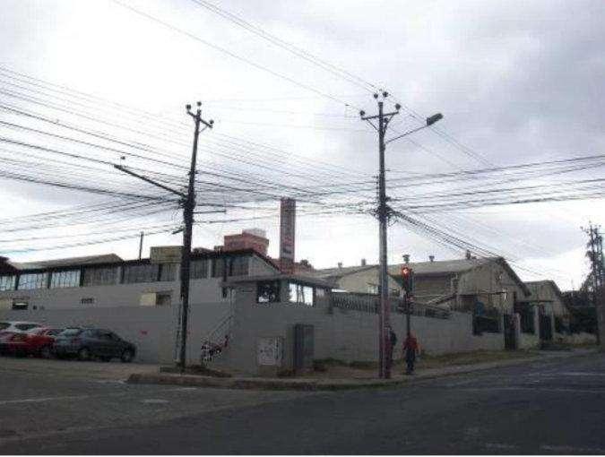 Venta de Galpones con oficina al norte de Quito