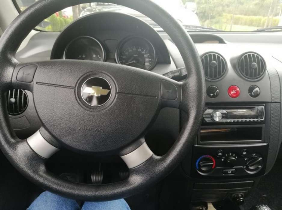 Chevrolet Aveo Family 2015 - 0 km