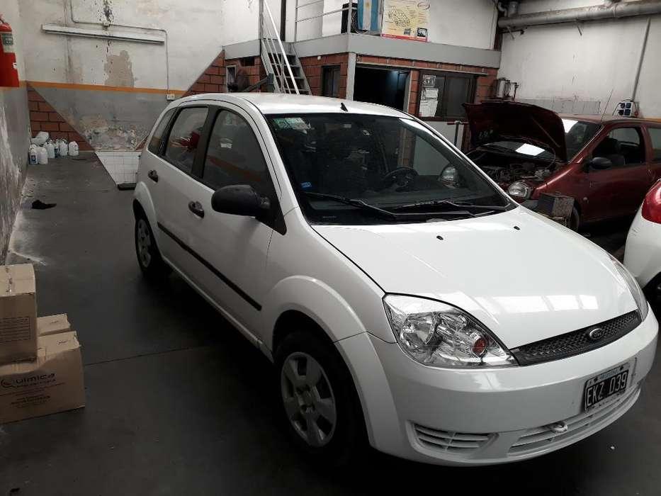 Ford Fiesta  2003 - 212222 km
