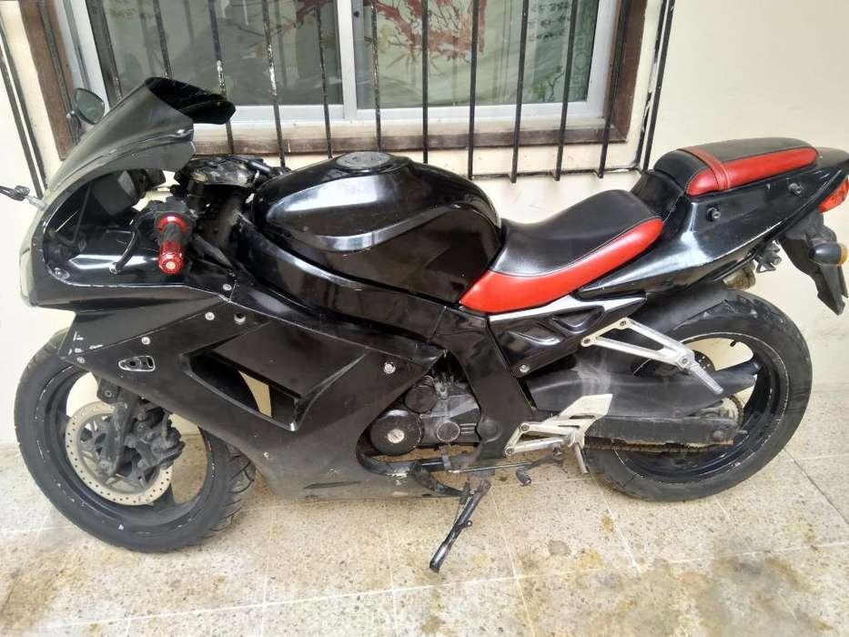 Moto Shineray 250 Dañado El Cilindro