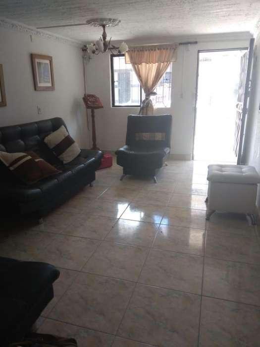 CODIGO G37 BARRIO NIQUIA LOS ANGELES CASA 1 ER PISO