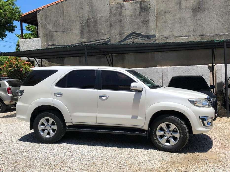Toyota Fortuner 2012 - 89000 km