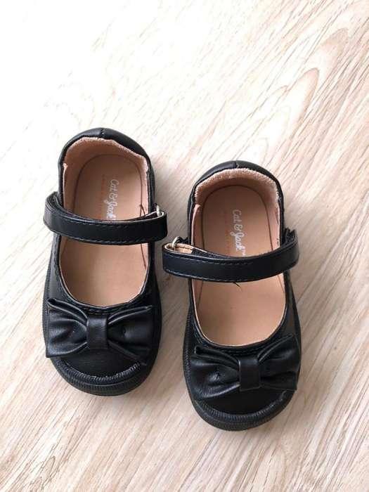 Zapatos nuevos talla 20