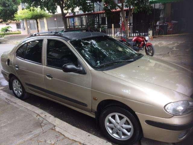 Renault Megane  2003 - 180000 km