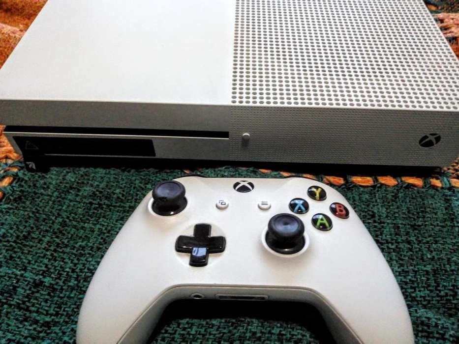 Xbox One de 1 Tb Usada. Excelente Estado