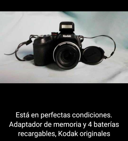 Cmara Kodak modelo Z5010