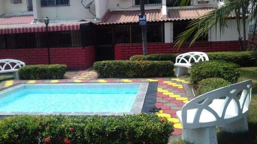 Venta de Casa Rentera en la Alborada, frente al C.C City Mall, Norte de Guayaquil