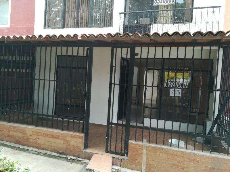 Casa En Arriendo En Giron Altos De Arenales Cod. ABCLV-5792