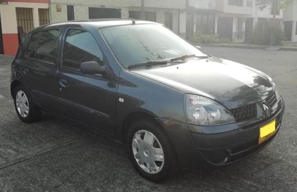Renault Clio  2008 - 127857 km