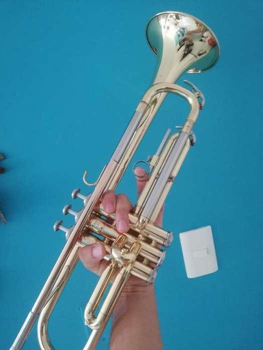<strong>trompeta</strong> Yamaha 2320