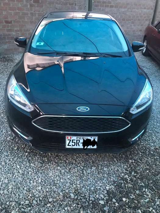 Ford Focus 2017 - 5950 km