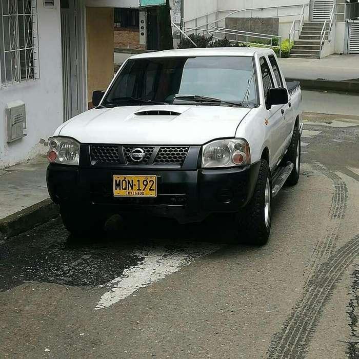 Nissan Frontier 2009 - 100 km