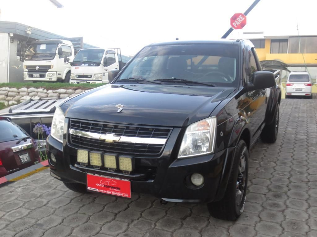 hermosa camioneta luv dmax 2400 GASOLINA  2013 unico dueño super equipada cambio financiamiento