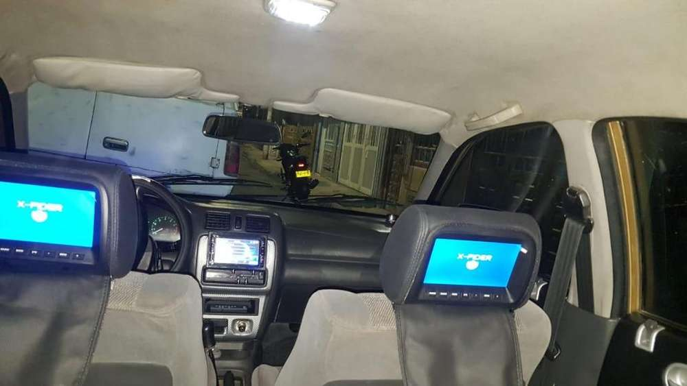 Mazda 121 1998 - 260000 km