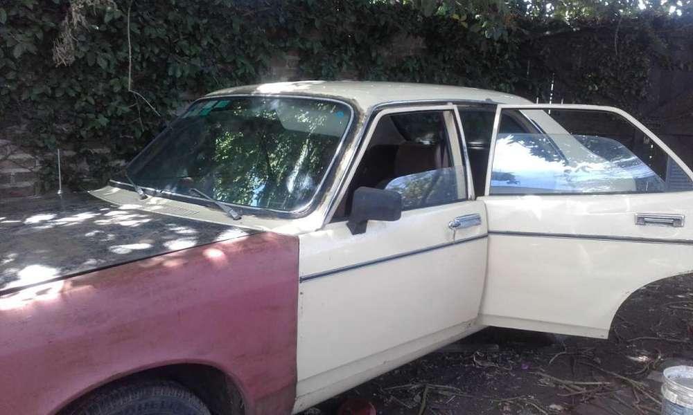 Dodge 1500 1980 - 200000 km