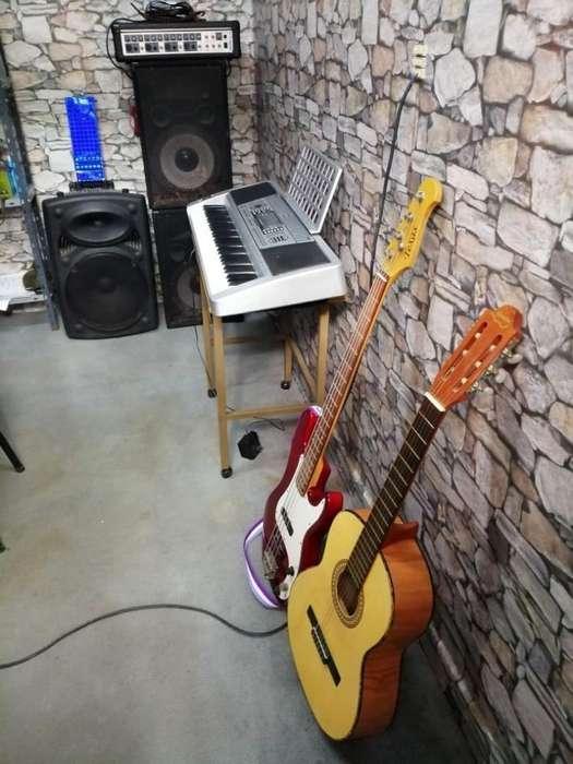 Teclado Guitarra Y bajo