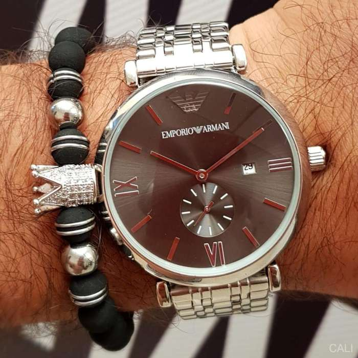 Reloj Emporio Armani en plateado con negro para hombre