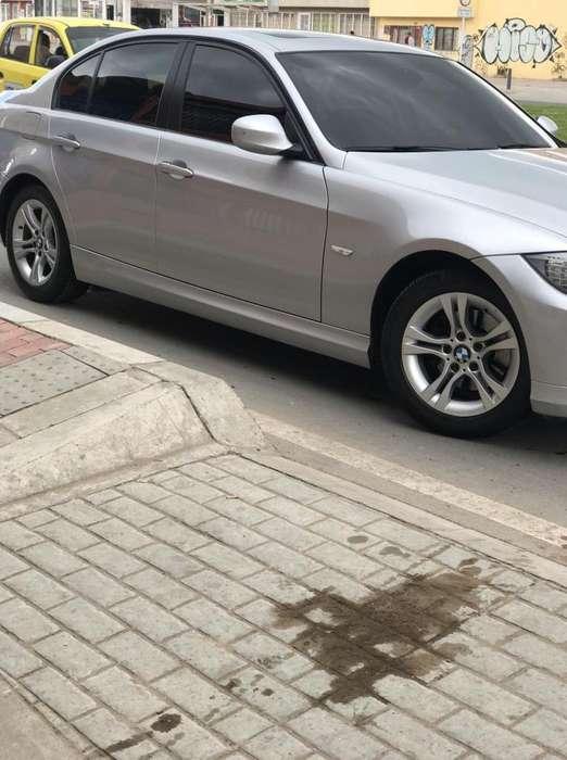 BMW Série 3 2012 - 38900 km