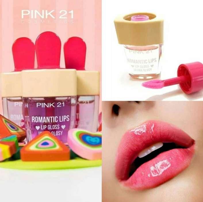 Romantic Lips Brillo Labial