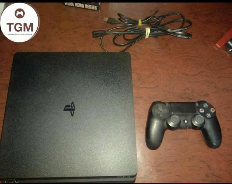 Ps4 Slim 500 Gb en Perfecto Estado