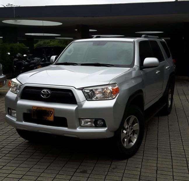 Toyota 4Runner 2012 - 105000 km