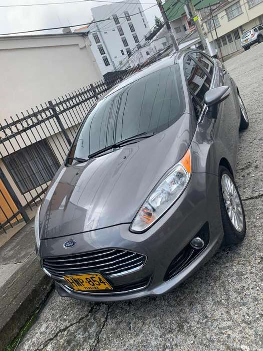 <strong>ford</strong> Fiesta  2014 - 88900 km