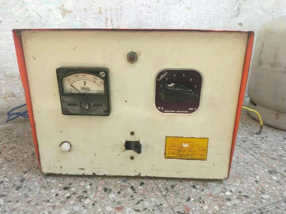 Elevador de Voltaje Manual