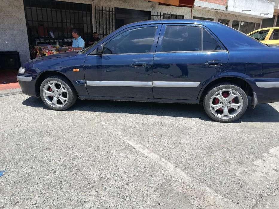 Mazda 626 2002 - 140000 km