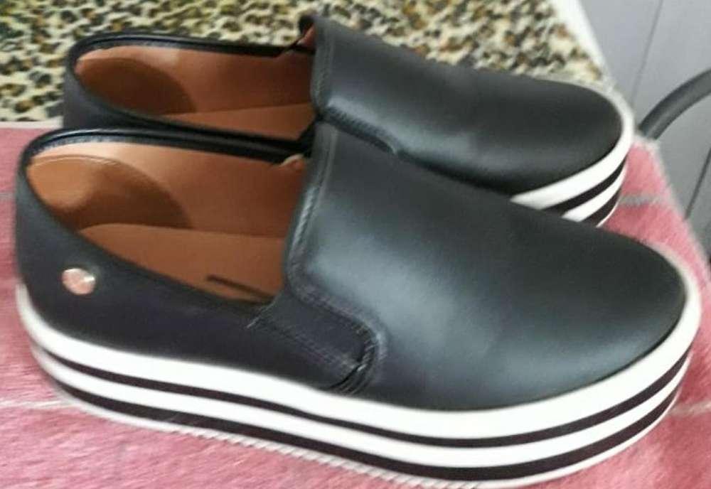 Vendo Zapatos de Dama