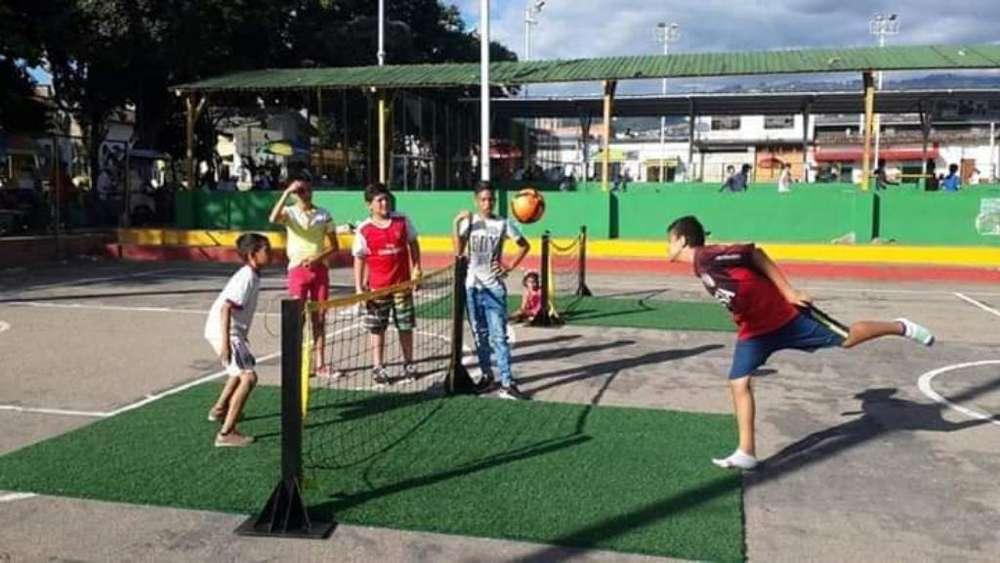 Canchas Sinteticas Futbol Tenis Banquita