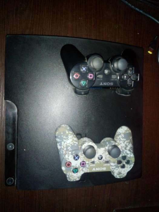 Play Station 3 Slim 300gb