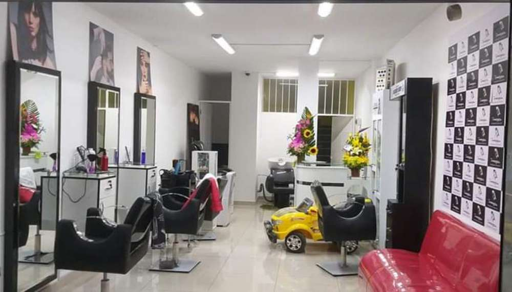 Traspaso Salon Barberia en La Victoria