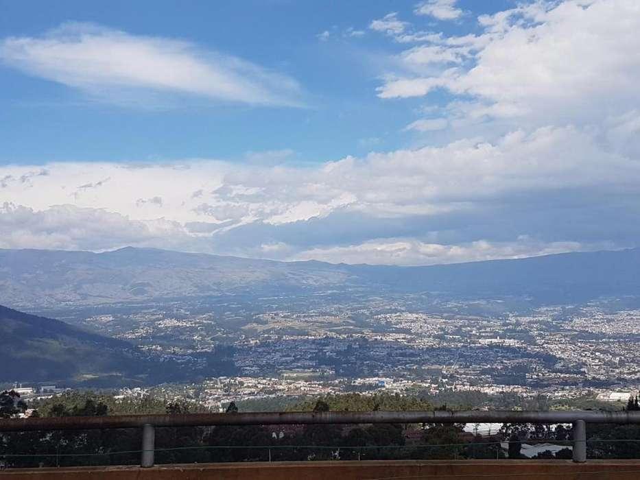 Departamento Duplex con terraza en Valle de los Chillos