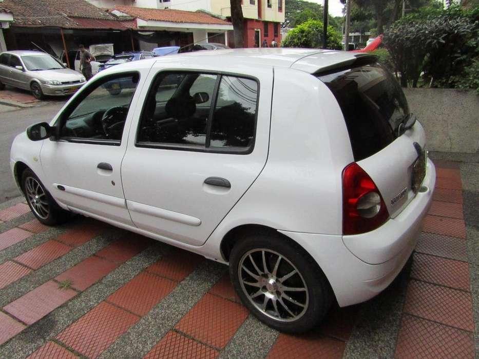 Renault Clio  2008 - 108000 km