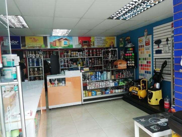Local Comercial. Av Pichincha y 10 de Agosto de OPORTUNIDAD IGA1756