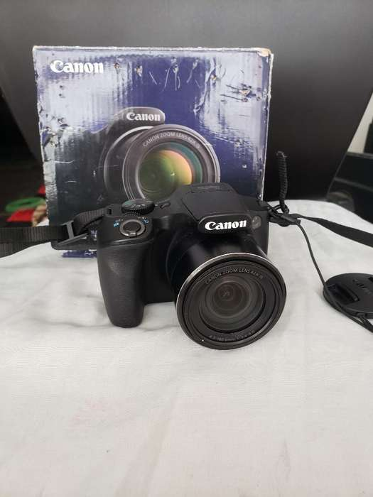 Canon Sx520hs con <strong>accesorios</strong> Y Tripode