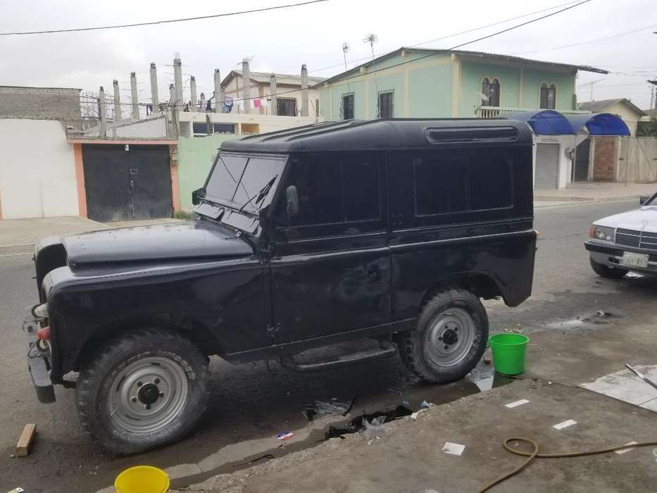 Land <strong>rover</strong> Defender 1971 - 10230 km