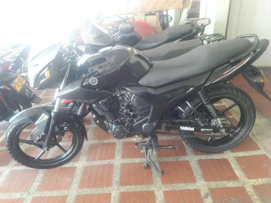 Vendo Yamaha Sz-r 2013 Al Dia Full Motor