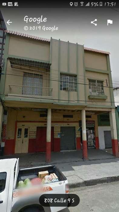 Centro Vendo Casa Rentera Calle Alcedo