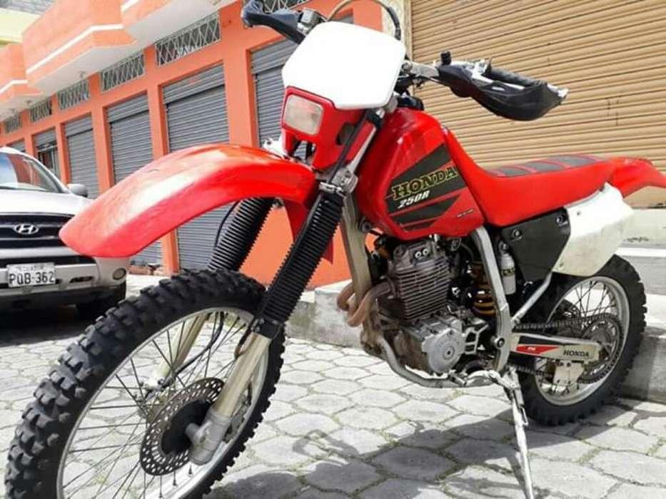 Honda Xr 250/ 2002 /(enduro)