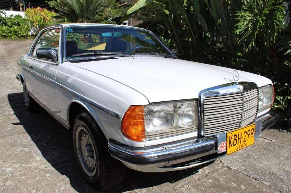 <strong>mercedes-benz</strong> Clase C 1982 - 150000 km