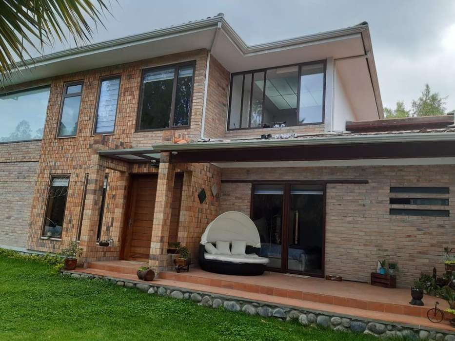 Rento O Arriendo Casa en Challuabamba