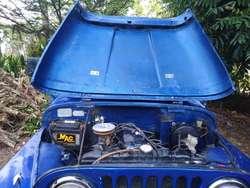 Se Vende Jeep con Motor de Luv 2300