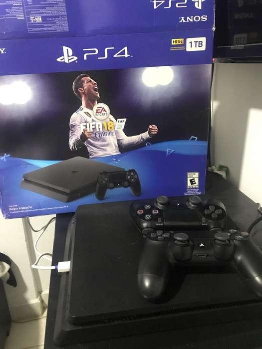 PS4 Slim 1TB2 Controles10 VideoJuegos