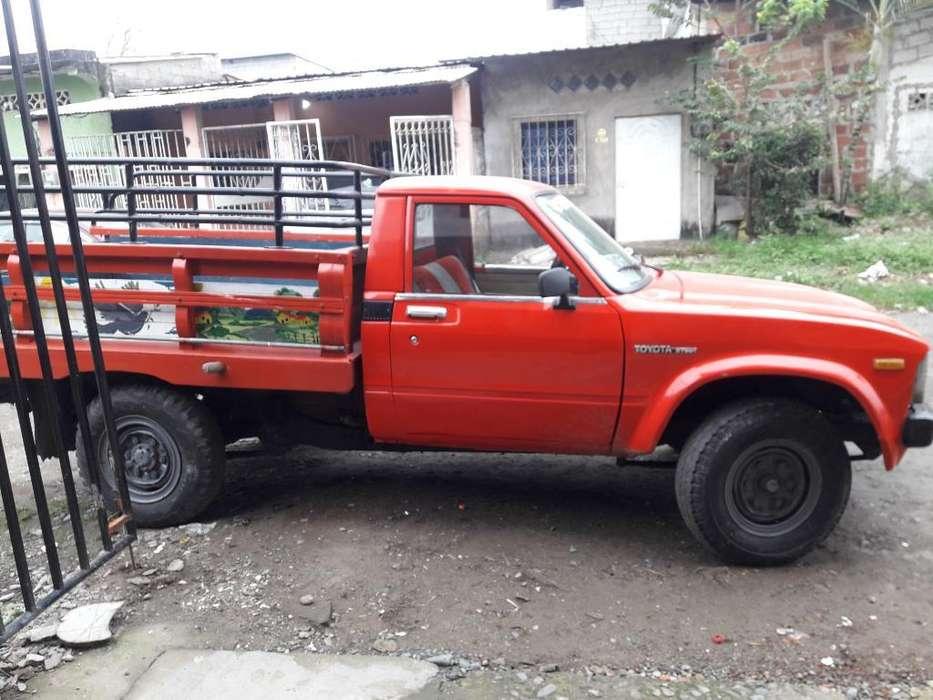 Vendo Toyota 2000