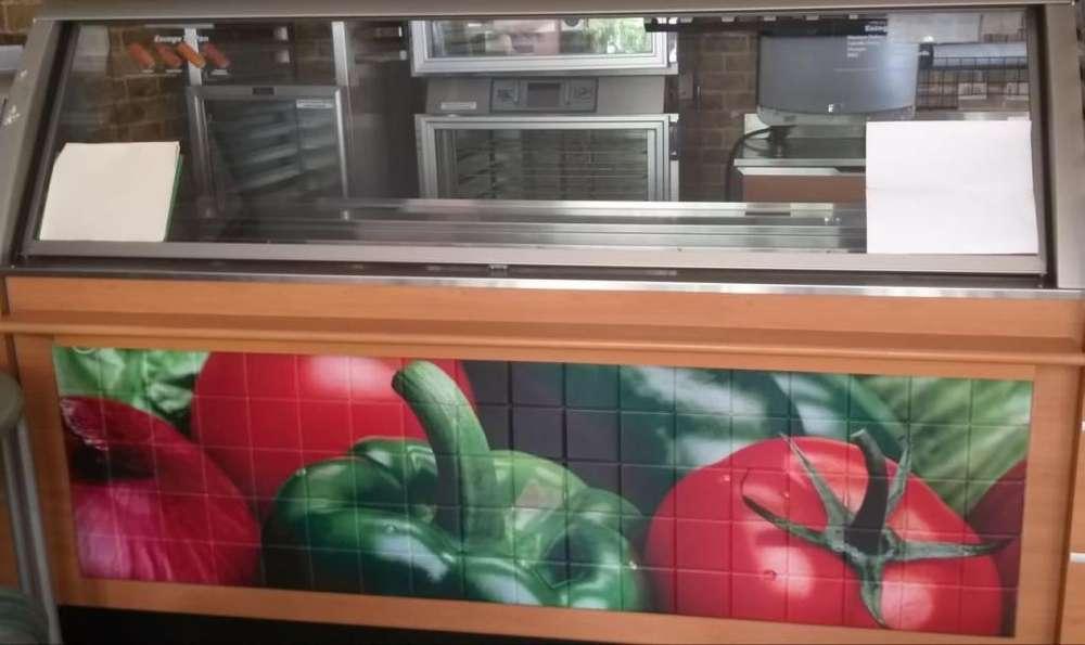 Vitrina Refrigerada con Tapa Mantiene vegetales y carnes a temperatura ideal