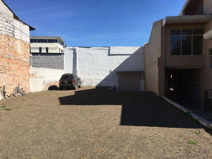 Vendo o Arriendo Nave y oficinas en el centro de Cuenca MLP1044