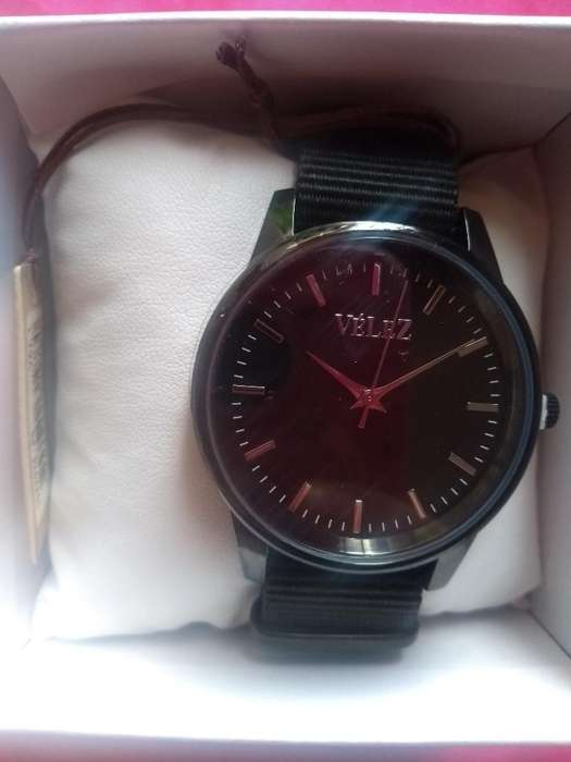 Reloj Velez