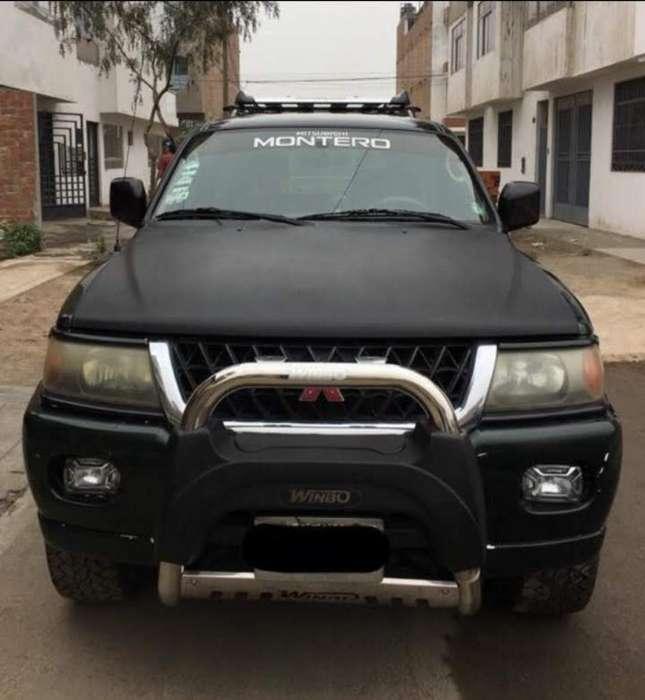 Mitsubishi Montero 2001 - 130000 km