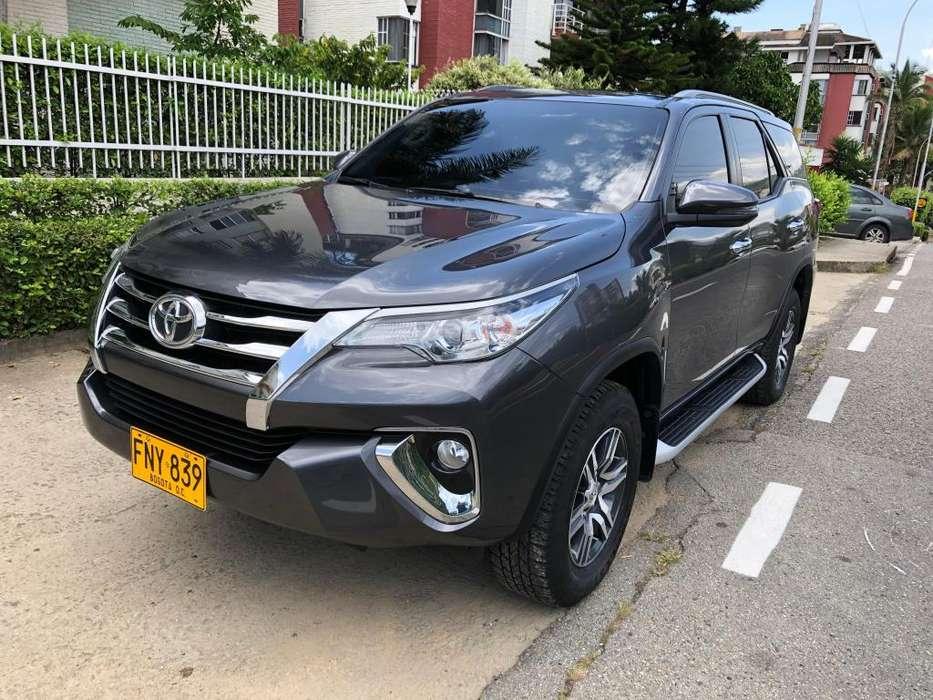 Toyota Fortuner 2019 - 20000 km